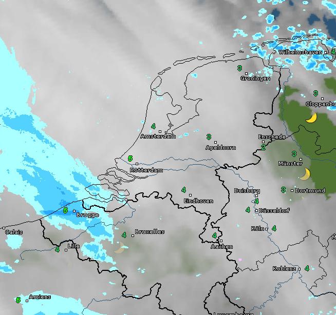 Radar- en satellietbeeld van vanochtend 7:15 uur. De buien in het noordoosten trekken weg en vanuit het zuidwesten gaat het later vandaag op meerdere plaatsen regenen. Bron: WetterOnline.de