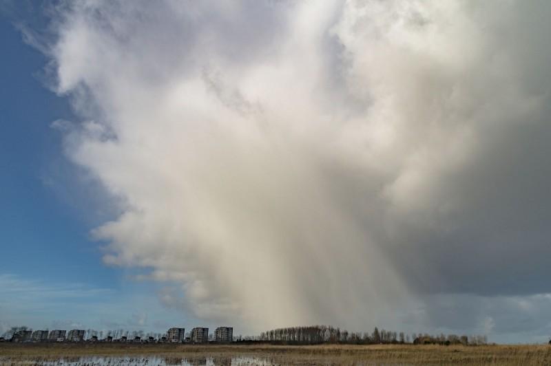 Ook Jean Paul uit Terneuzen maakte een fraaie foto van een winterse bui.
