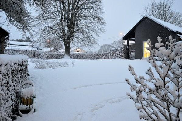 Veel sneeuw in de Ardennen. Foto is via Twitter ontvangen van @aubergenotaire