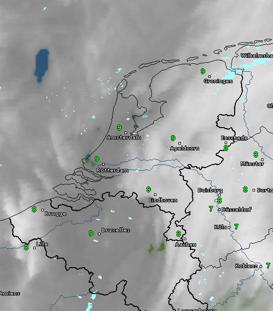 Het is bewolkt, in de noordwestelijke helft spettert het lokaal wat. Bron: WetterOnline.de