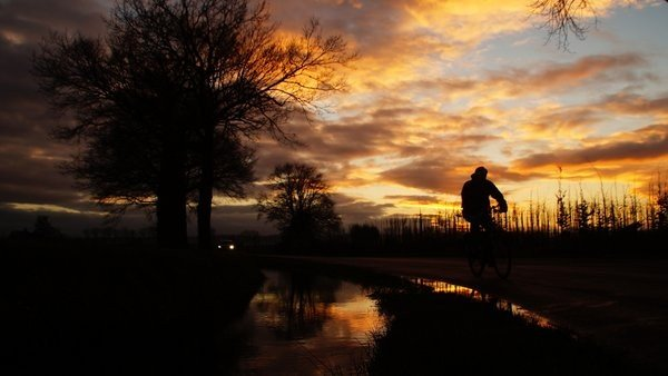 Prachtige zonsondergang gisteren. Foto via Twitter van @tddebrabander