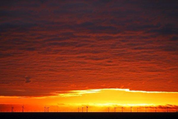 Prachtige zonsondergang gefotografeerd door Sjef Kenniphaas.