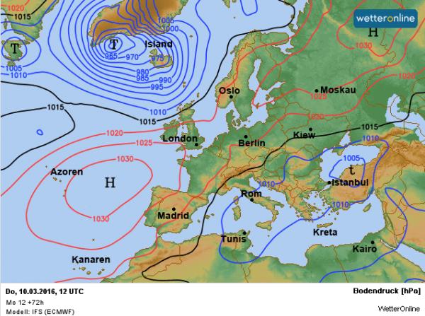 De weerkaart voor donderdag volgens EC. Het Azorenhoog maakt verbinding met het Scandinavische hogedrukgebied.