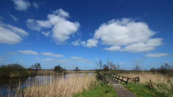 Het was prachtig weer gisteren, maar in het noorden kwamen ook nog wat wolken voor. Foto is van Martin Vye.