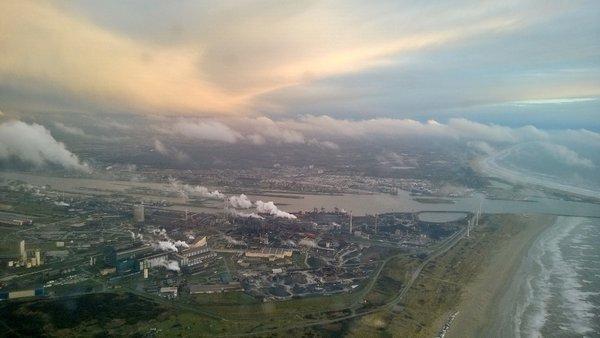 Fraaie wolkenluchten gisteravond boven Nederland. Foto is van Berny Bisselink.