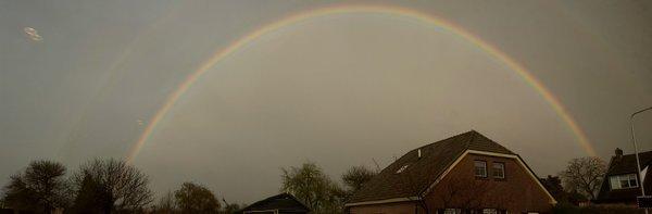 prachtige regenboog gisteravond in Terwolde. foto is van Mark Wolvenne.