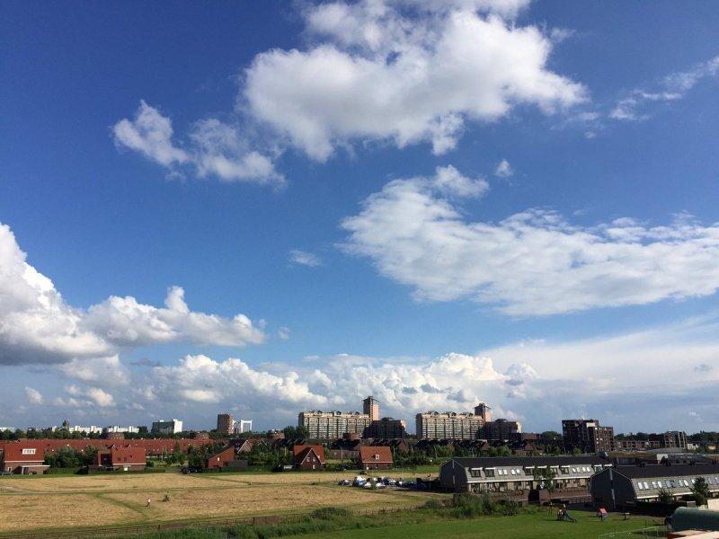 Het was een bewolkte zaterdag, maar niet in het zuidwesten. Deze fraaie foto werd gemaakt door Arno van Brakel.