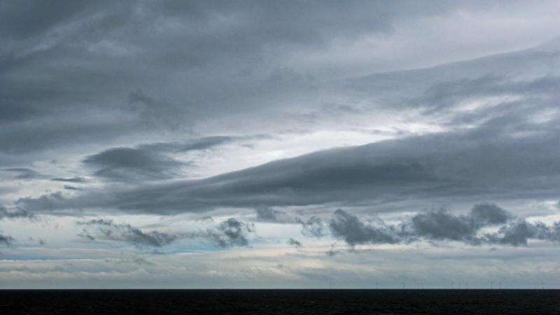 Ook wolkenvelden gefotografeerd door Sjef Kenniphaas, maar opklaringen waren al in zicht.