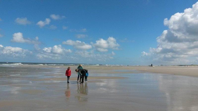 Aan zee was het een prachtige dag. Foto is gemaakt door Ab Donker.