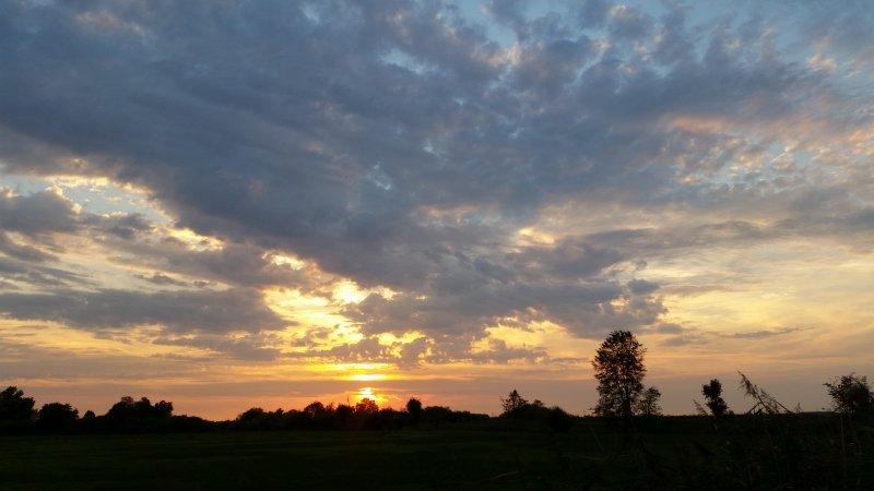 Ook Bas Ruggeberg stuurde een prachtige foto in van de zonsondergang.