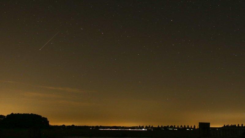 Er waren vallende sterren te zien! Foto werd gemaakt door Ab Donker.