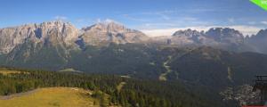 Gisteren waren er prachtige panorama's over de hele Alpen. Ook vandaag zal het zich weer zeer goed zijn. Bron: webcam Madonna di Campiglio