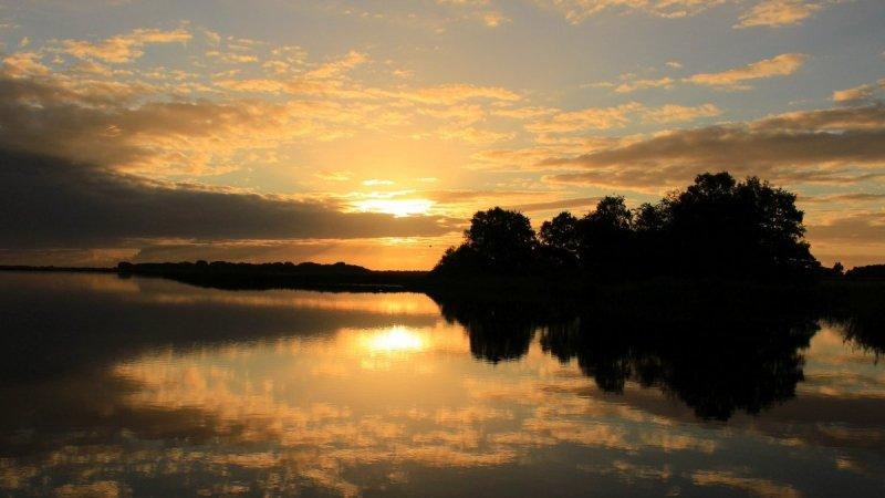 Ook Martin Vye maakte een zeer fraaie foto van de fotogenieke zonsondergang.