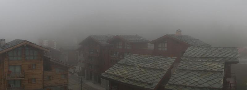 Dichte mist vandaag in sommige Franse valleien. (Tignes Les Boisses, www.tignes.net)