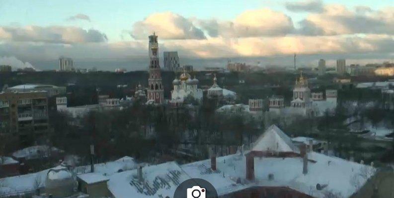 De winter met sneeuw komt steeds dichter. Afgelopen dagen viel in Moskou de eerste echte sneeuwval. Bron: http://www.earthcam.com/world/russia/moscow/?cam=moscow_hd