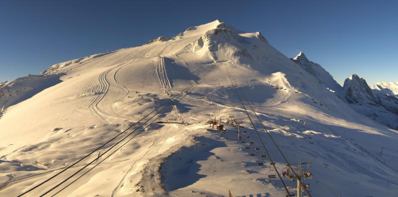 Schitterende condities op de gletsjer in Tignes na de sneeuwval van de afgelopen dagen. bron: tignes.net