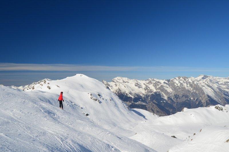 Bij de skiroute Vallon d'Arbi verlaat je grote piste en ski je over kleine paadjes door een grote vallei