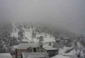 Webcam Navacerrada, net ten noorden van Madrid. Bron: bergfex.at