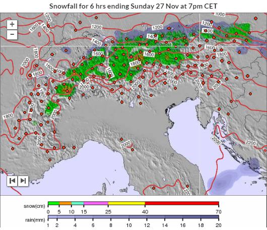 Zondag kan er in de oostelijke en centrale alpen ten noorden van de alpenhoofdkam wat sneeuw vallen. Bron; snowforecast.com