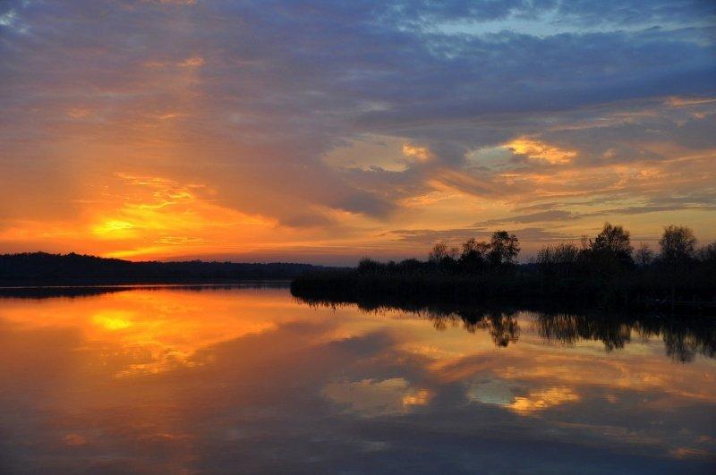 ook gisteren sloten we de dag weer met kleur af. Deze prachtige foto werd gemaakt door Ben Saanen.