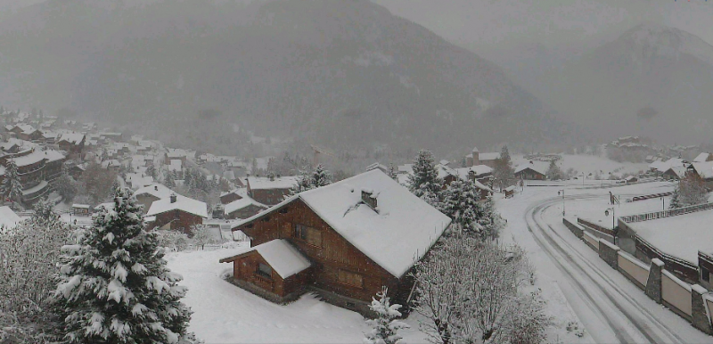 Ook in Champagny en Vanoise sneeuwt het momenteel volop. Bron: webcam Champagny
