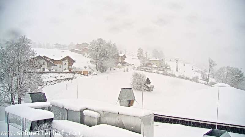 Intense sneeuwval in Schladming momenteel. Bron; bergfex.com