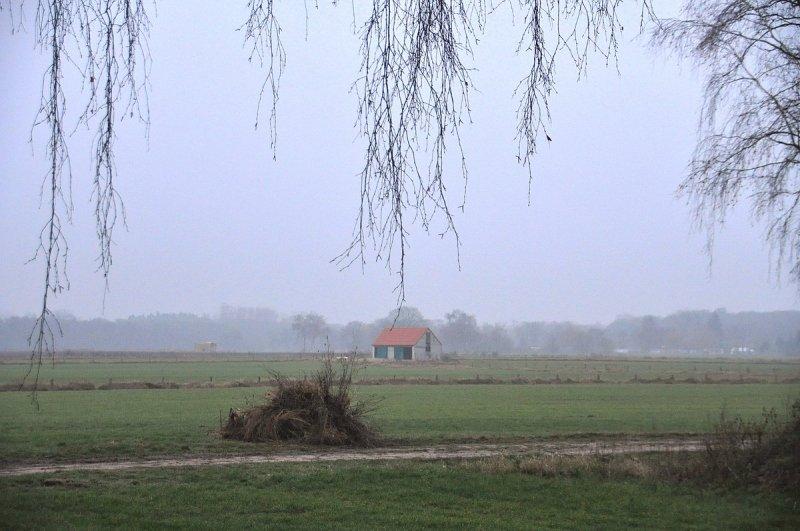 in het zuiden van het land bleef het weer grijs en bewolkt zoals hier bij Ben Saanen.
