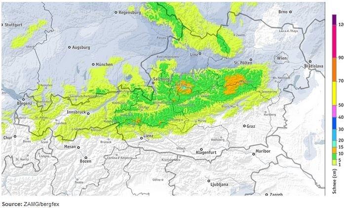 Sneeuwverwachting voor tot en met dinsdag 7:00. Het zwaartepunt ligt in de oostelijke helft van Tirol waar waarden tussen de 5-10 centimeter verwacht worden. Lokaal is 15 centimeter mogelijk. Ook zal dankzij opstuwing in de hogere bergen van Tirol een paar centimeter sneeuw vallen. Bron: ZAMG/Bergfex