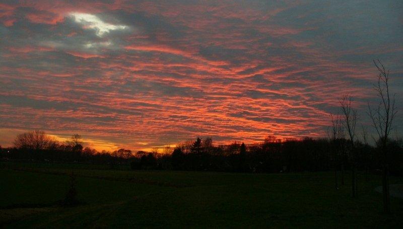 prachtige kleuren ook bij de zonsondergang. Deze foto werd gemaakt door Carel ten Hoor.
