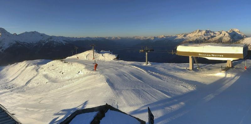 In de Alpen blijft het de volgende dagen zonnig waardoor deze prachtige beelden elke dag mogelijk zijn. Bron: panoramax.com